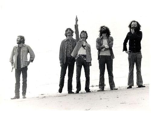 Foto de 1975 en Malibú (atrás de la casa de Robbie)